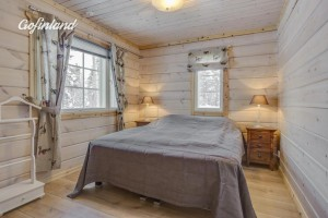 hallahaukka_masterbedroom